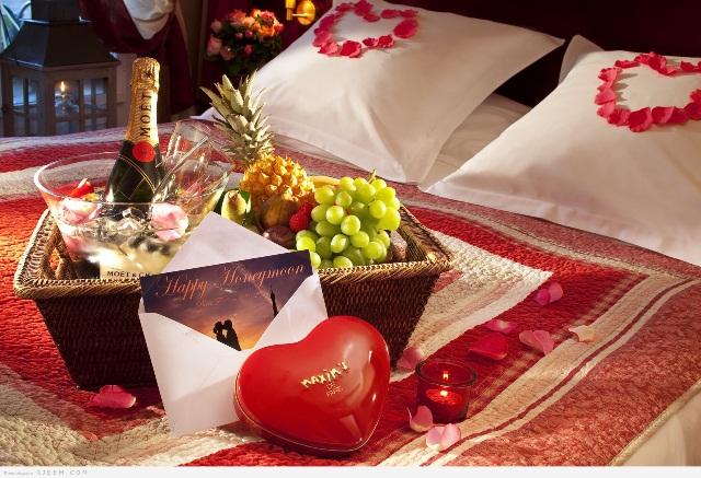 Поздравление на свадьбу прикольные с вручением подарков 35
