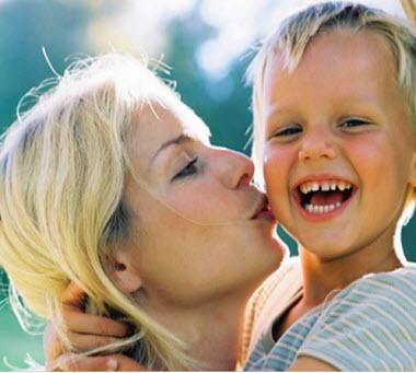 Поздравление сына с днем рождения от мамы трогательные своими 37
