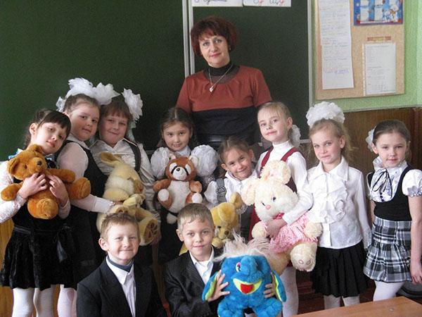 Поздравление учителю начальных классов от учеников на день учителя 152
