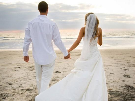 Поздравления молодым на свадьбу прикольные 7